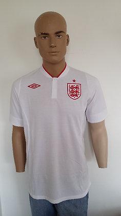 2012 England Home Shirt: Size 40 BNWT