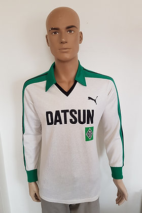 1981/82 Borussia Mönchengladbach Long Sleeved Home Shirt