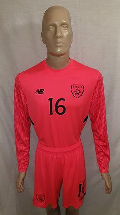 2017-2018 Ireland Home Goalkeeper Shirt and Shorts (Player Version?)