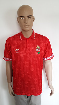 1990-1992 Hungary Home Shirt: Size 97-102cms/Mens