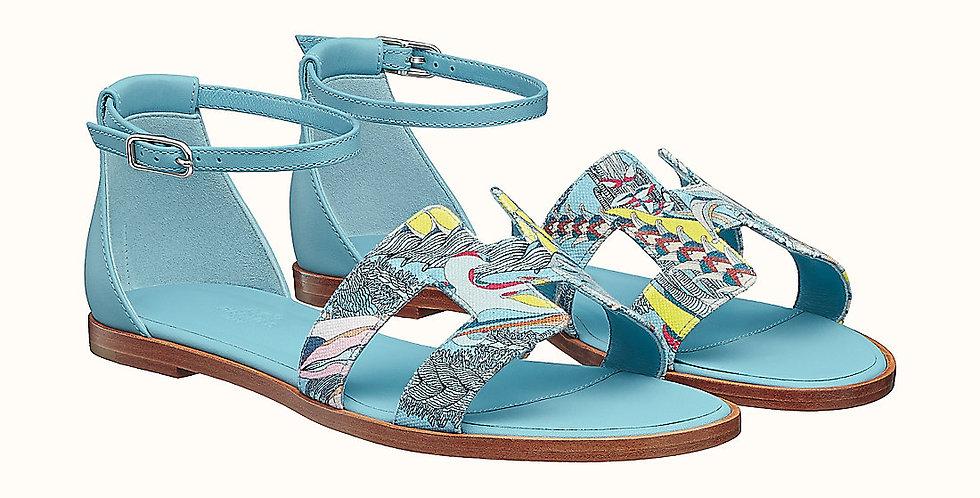 HS sandal