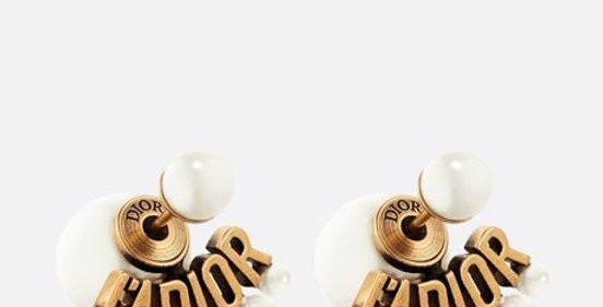 DT earrings antique gold-finish metal and white resin pearls