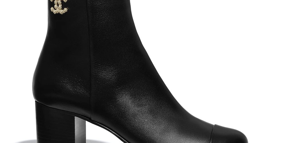 Black C leather ankle boots