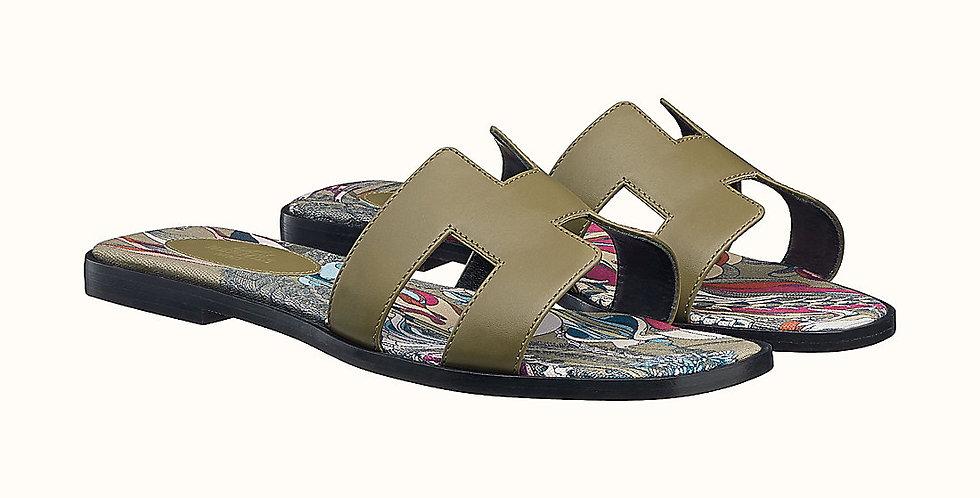 HO sandal