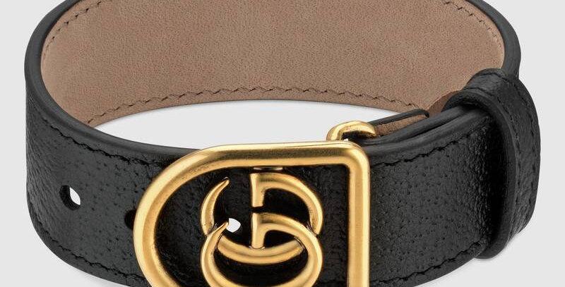 Black bracelet in leather with logo