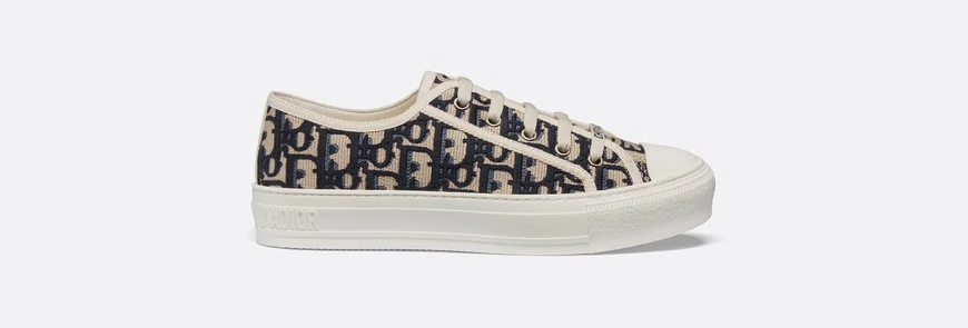 WND sneaker in oblique embroidered canvas