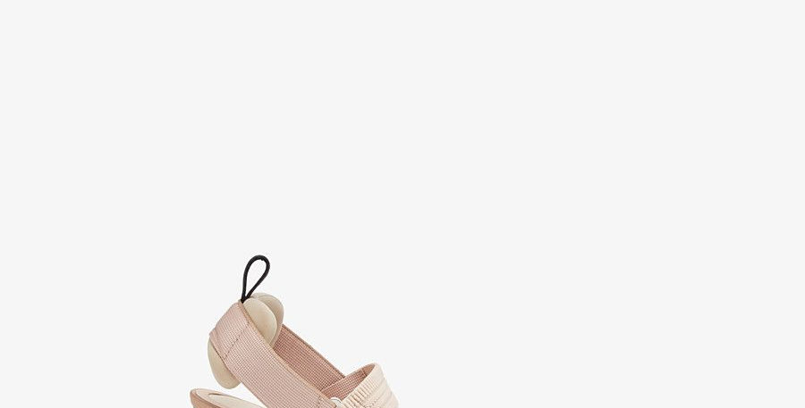 Nude mesh and leather F pump