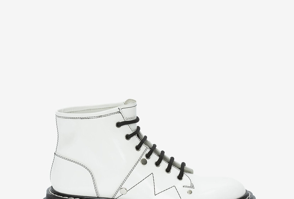 Ivory MT lace up ankel boot