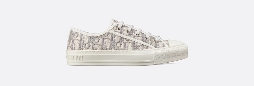 Gray WND oblique embroidered sneaker