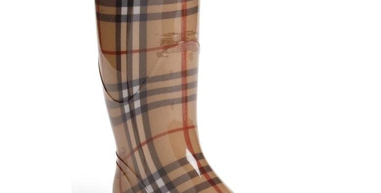Beige rubber rain boots