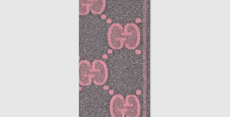 Gray /Pink wool jacquard scarf