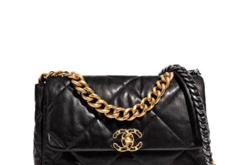 Medium black 19 flap bag
