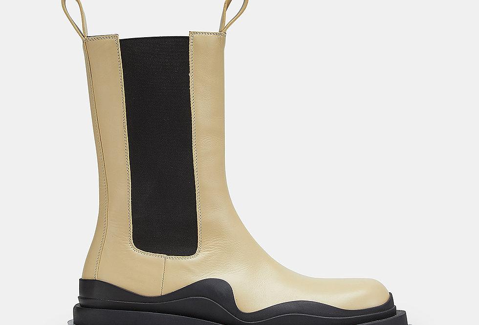 Vaselline tire boots