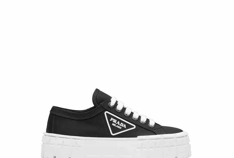 Black NG sneakers