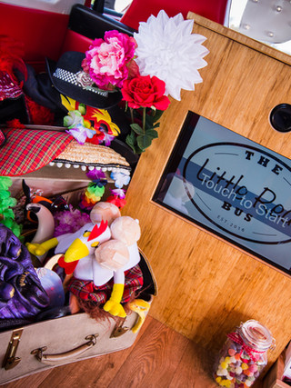 Simply Weddings Tremorna Farm-6.jpg