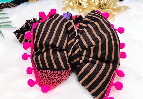 Siyami baby girl puff bow