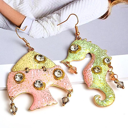 Sea horse earring