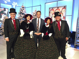 Carolers and Jonathon Bennet at Cake Wars Christmas