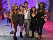 John Stamos and the band! Katy, Ashlee Willis, Kelci Hahn, Briana Lee