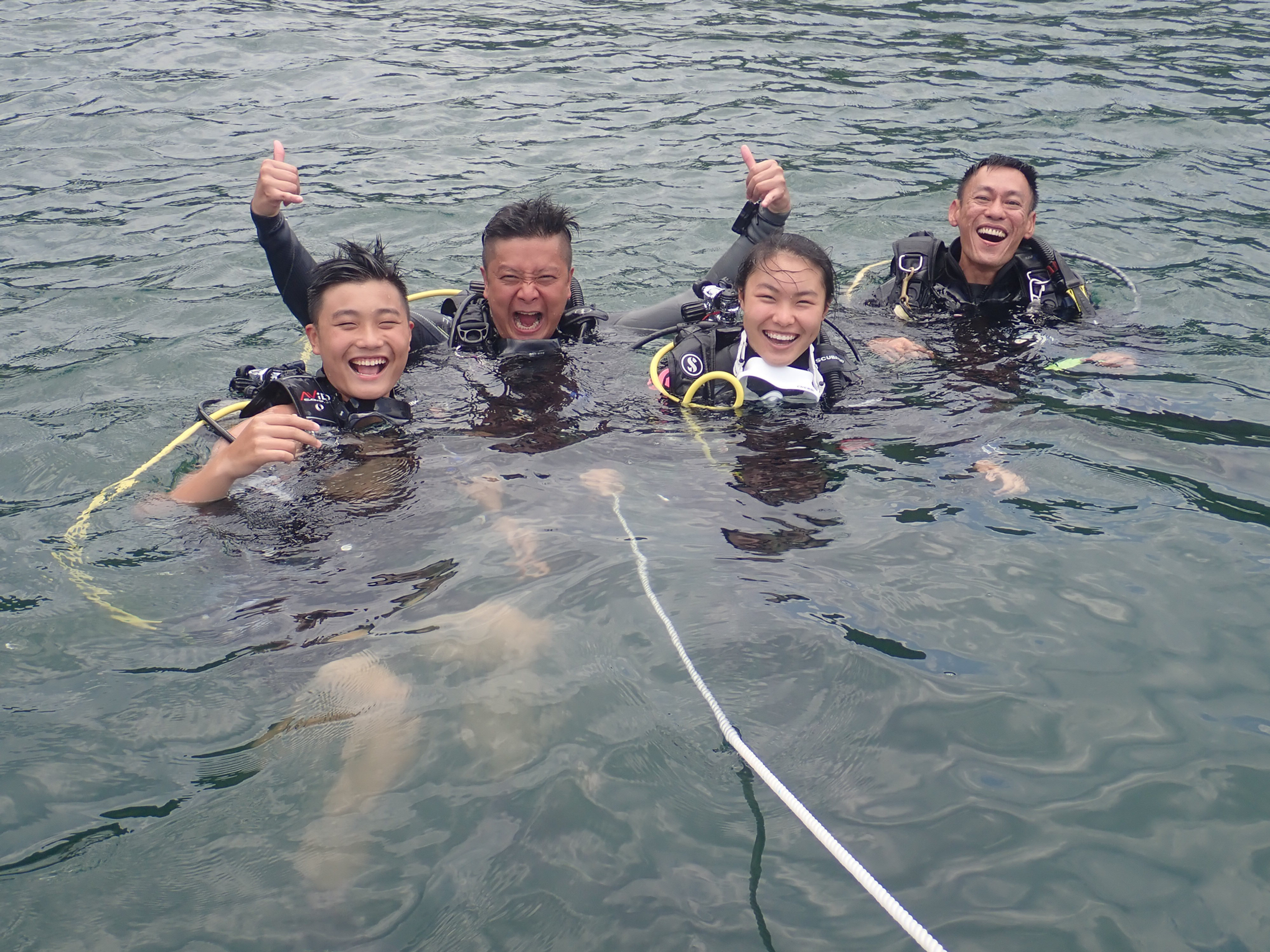 SDI Open Water Diver - 開放水域潛水員