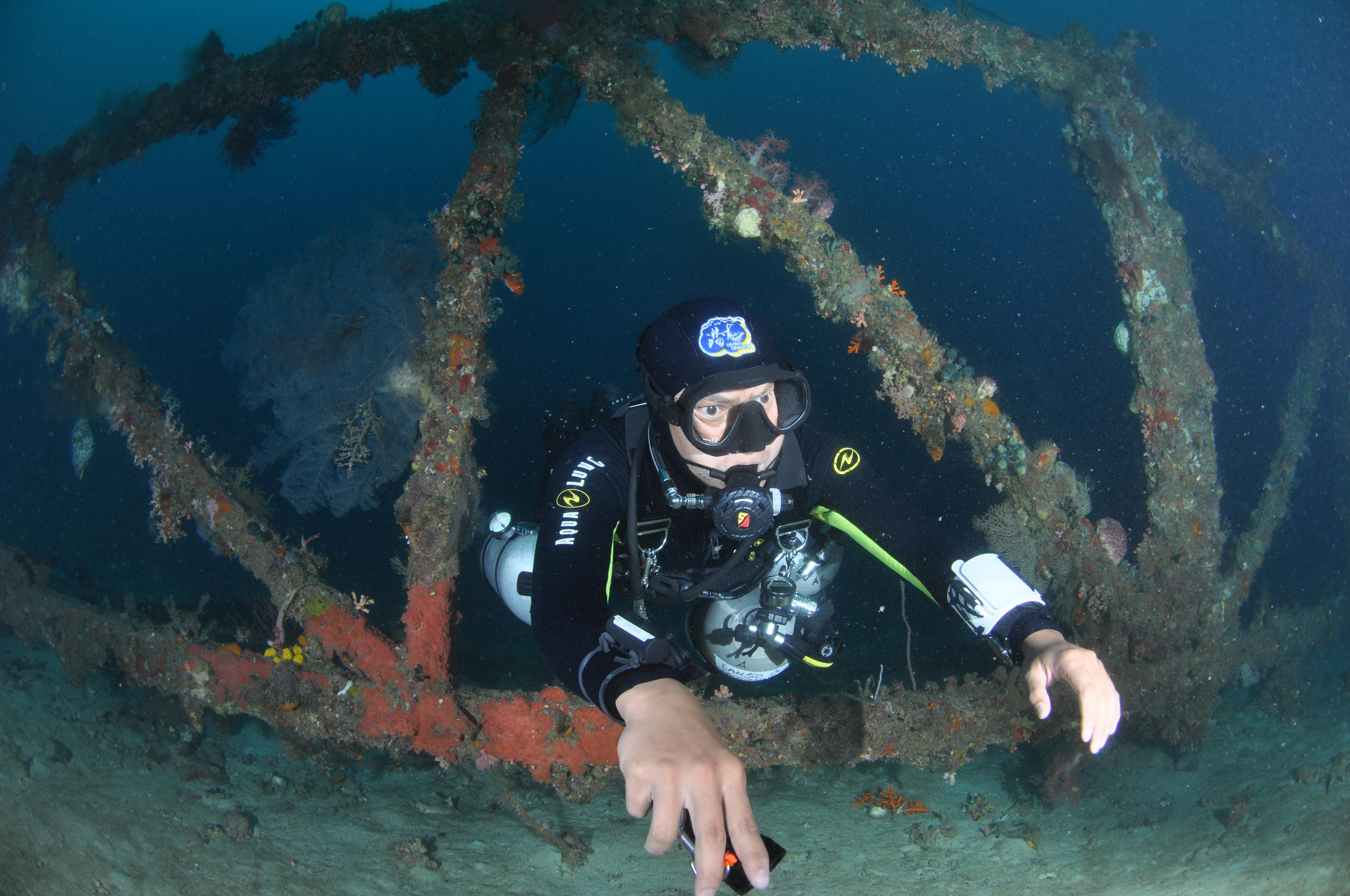 SDI Sidemount Diver - SDI 側掛潛水員(及教練課程)