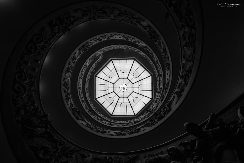 Escaleras Giuseppe Momo