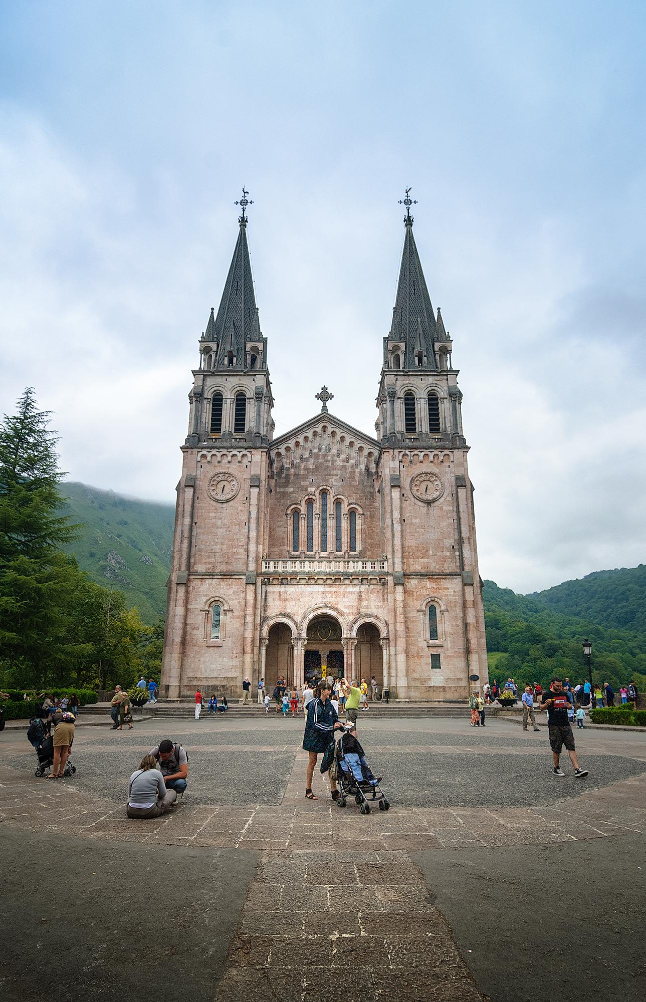 Basílica de Santa María la Real