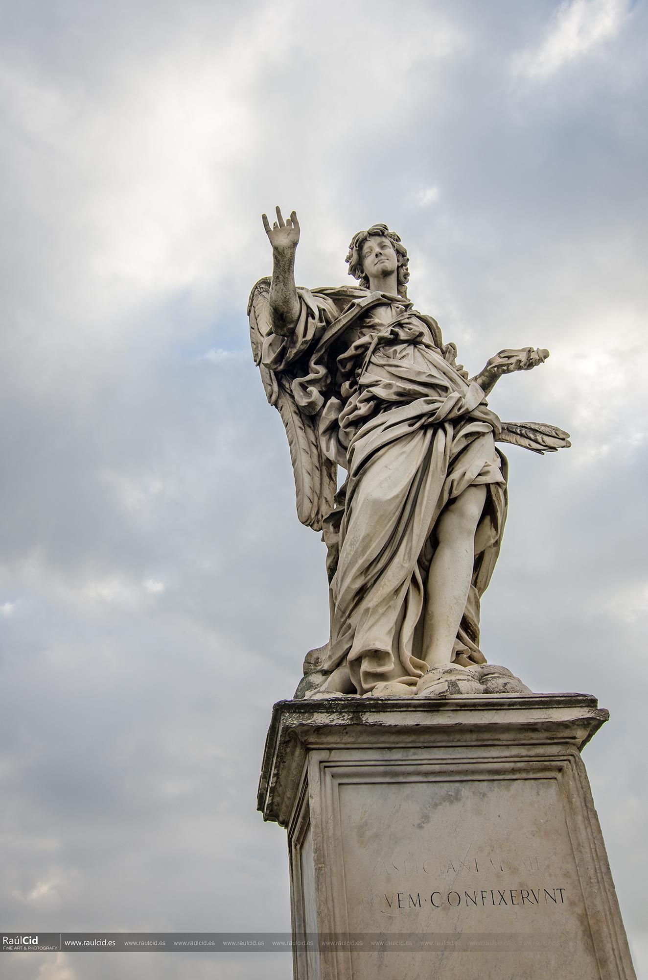 Ángel con los clavos. Zacarias 12:10