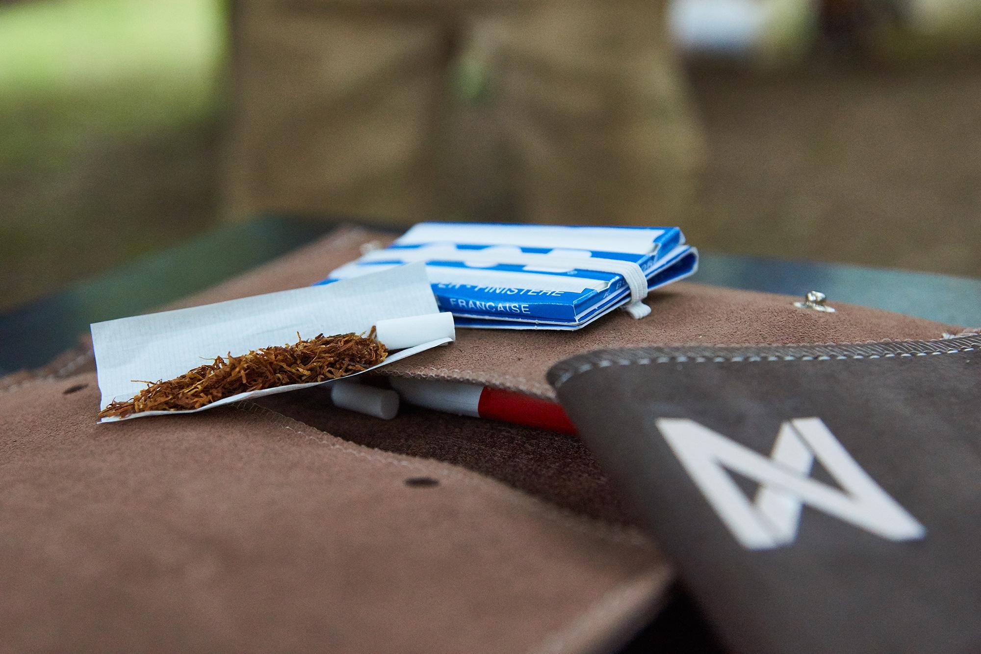 drehtasche-mit-Tabak-1mb