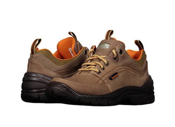 Zapatos Trail 1683 de color café con detalles calados, punta redondeada, agujeta en empeine y suela antiderrapante