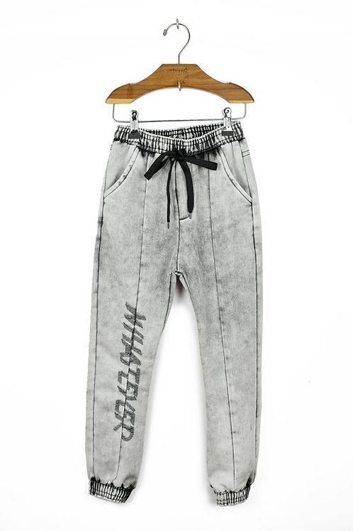 Calça de Moletom Jeans Bordada