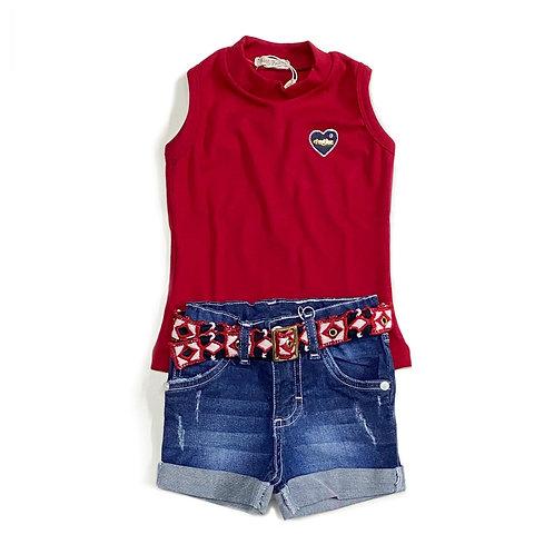 Blusa Vermelha e Shorts Jeans