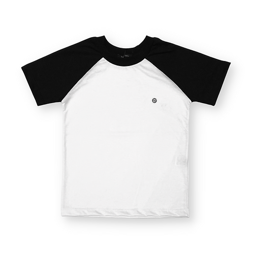 Camiseta Raglan Preta e Branca