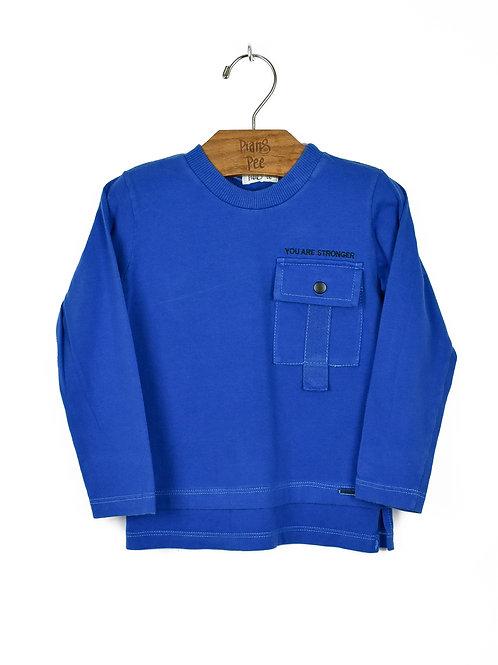 Camiseta Azul com Bolso e Bordado