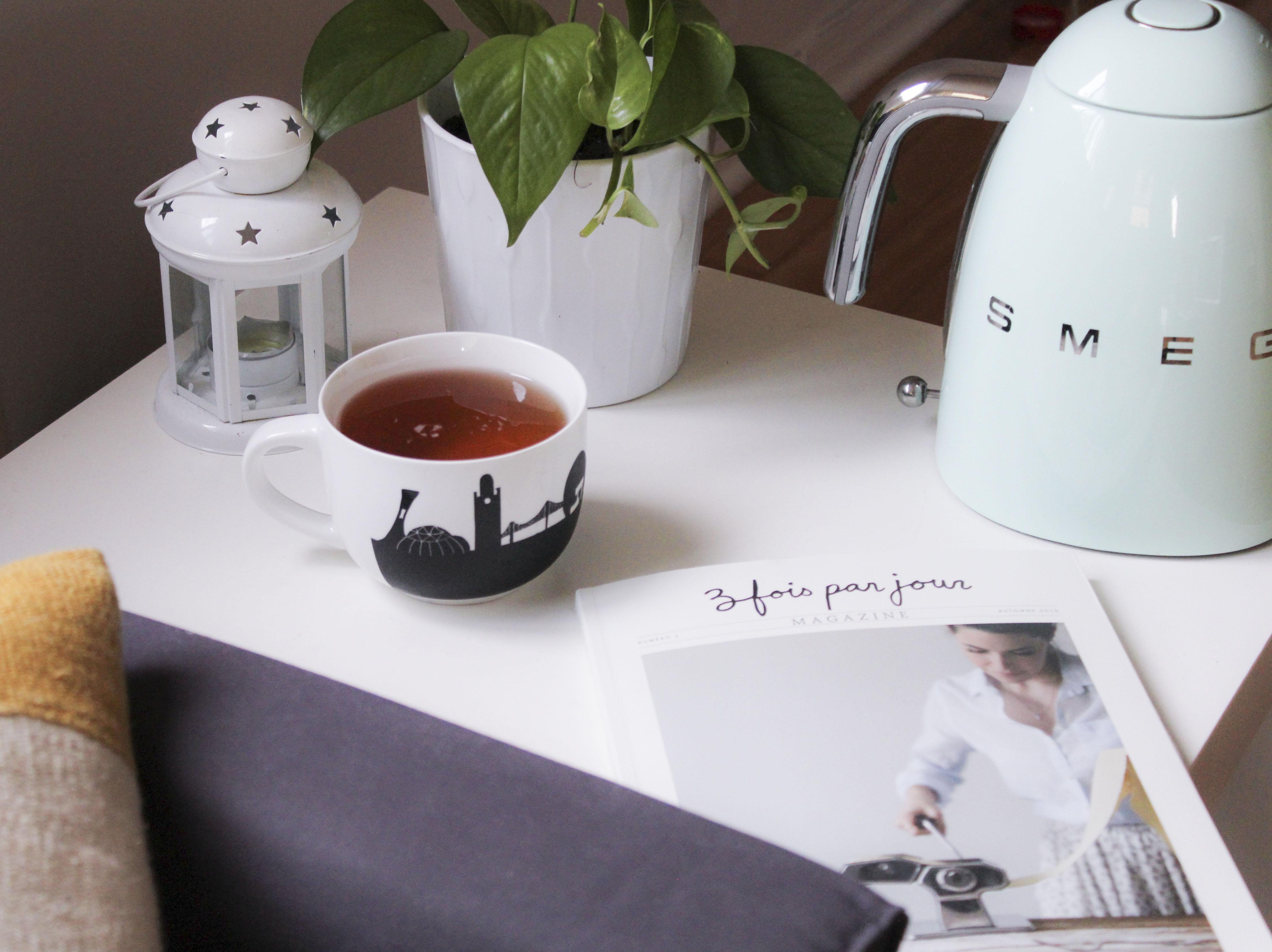 une bonne tasse de thé bien chaud