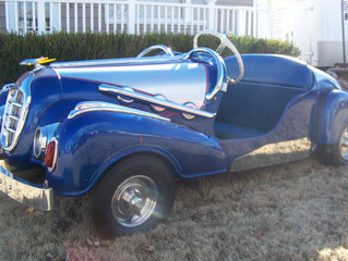 Feature Friday: Robert & Kelli Bean's '54 GEBR IHLE Schottenring Microcar