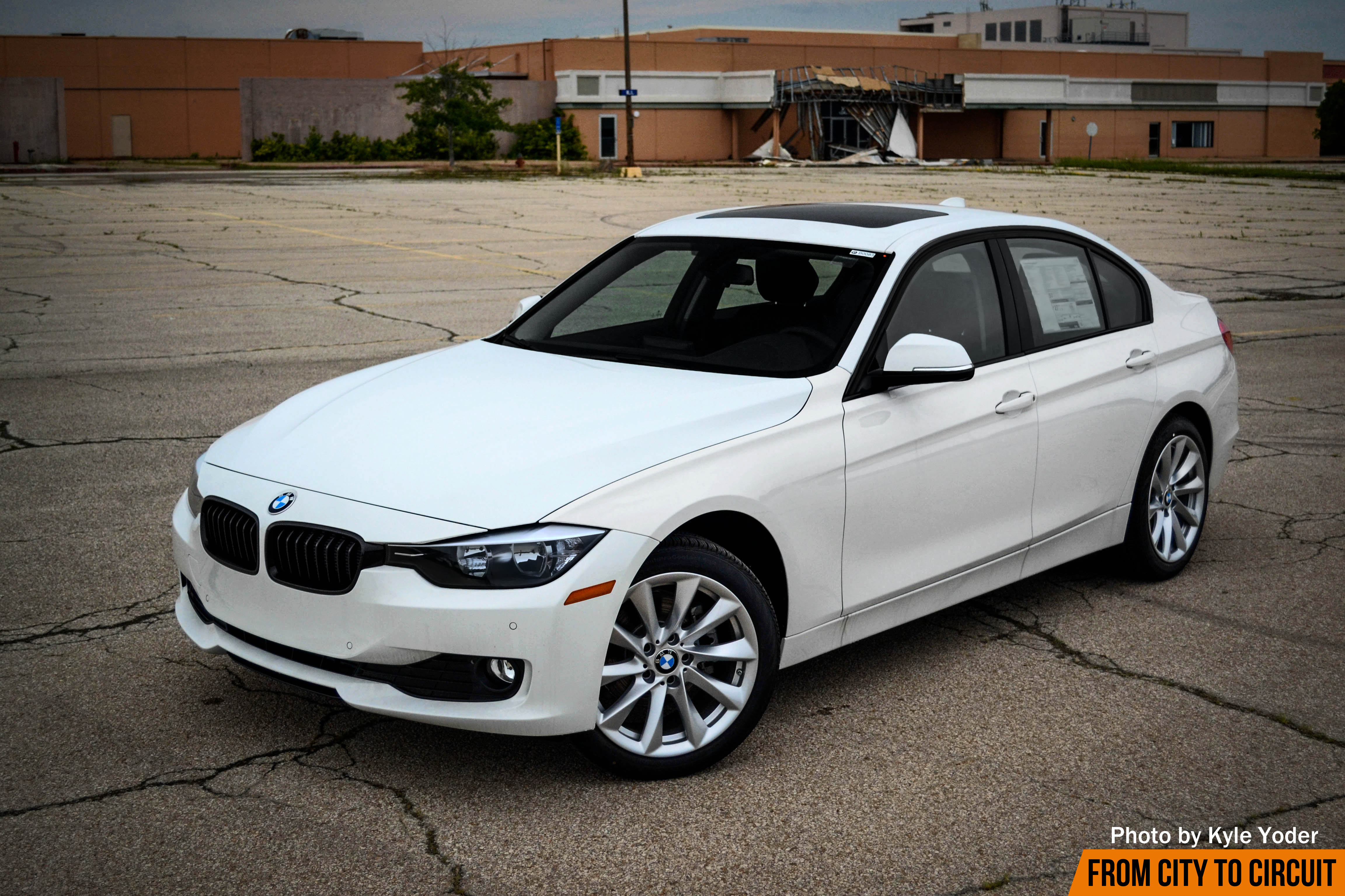 review 2016 bmw 320i xdrive special edition from city to circuit automotive media. Black Bedroom Furniture Sets. Home Design Ideas