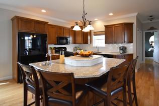 H Kitchen (3)-1.jpg
