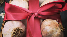 Holiday Décor & Gifts Now Available!