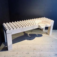 corona bench with traktor sitz