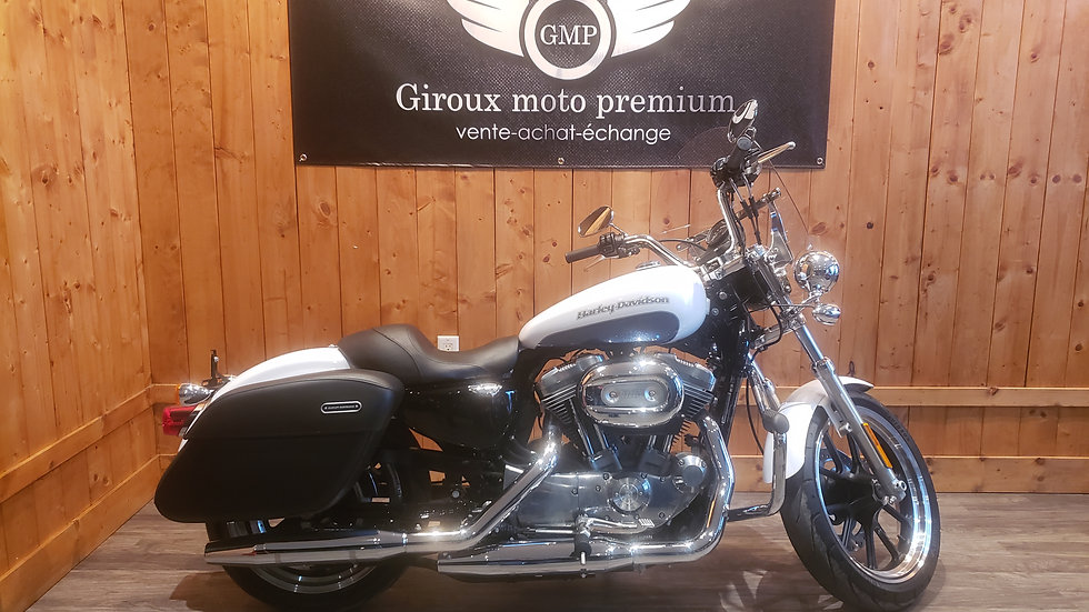 Harley Davidson XL883L super low 2015 seulement 5400 km !