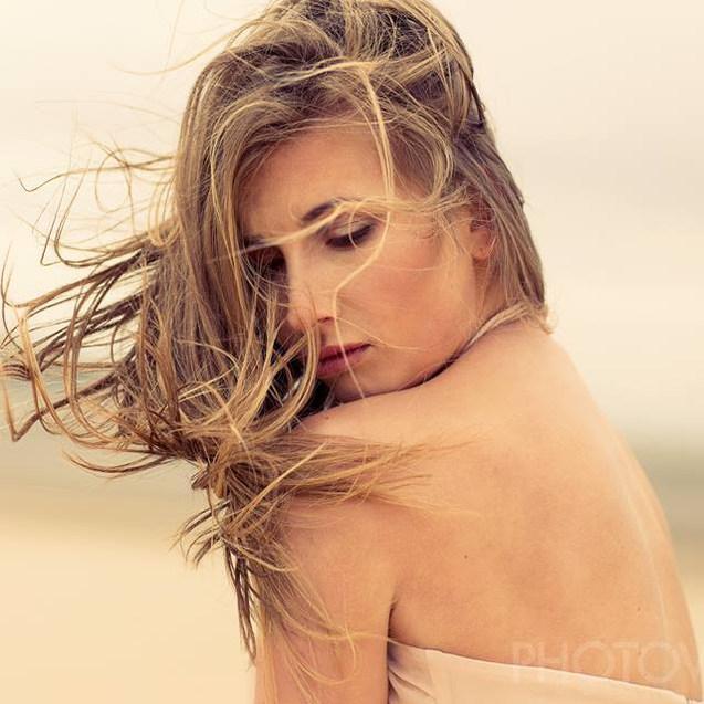 Photography: Steve Lee Model: Martina Chroma