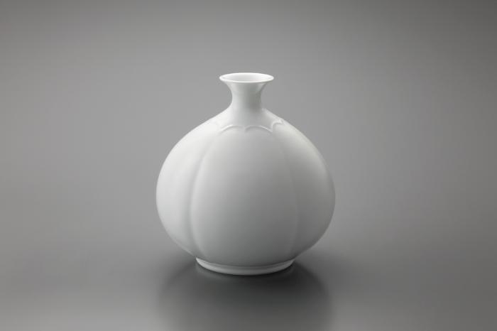 009 白磁花瓶 「息吹」
