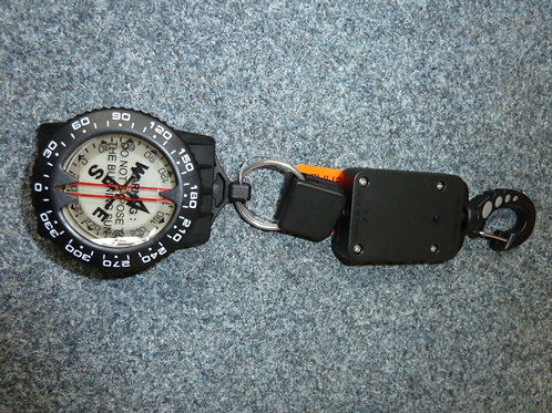 A080-1  Compass with retractor