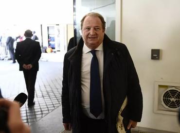 Le Figaro - À droite, Pierre Charon organise sa primaire