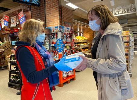 Distribution de masques aux commerçants et pharmaciens du 17ème
