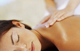 massage deep relaxation on treatment table
