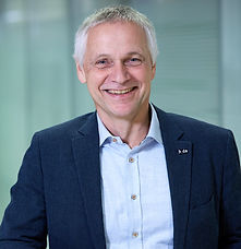 Jürgen Follmann Professor für Wirtschaft