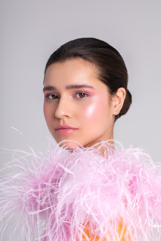 Photo: Vivian Hoi Ling Wong Model: Elise Hoogerdijk - Agency: Euromodels Styling: Krystel-Jane Robinson Makeup & Hair: Cristina Rosu