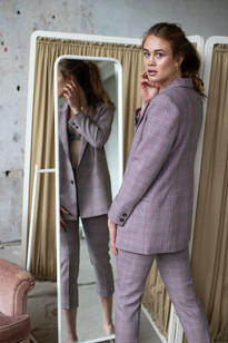 Photography: Anouk Moerman Model: Maxime Tiems Makeup & Hair: Cristina Rosu